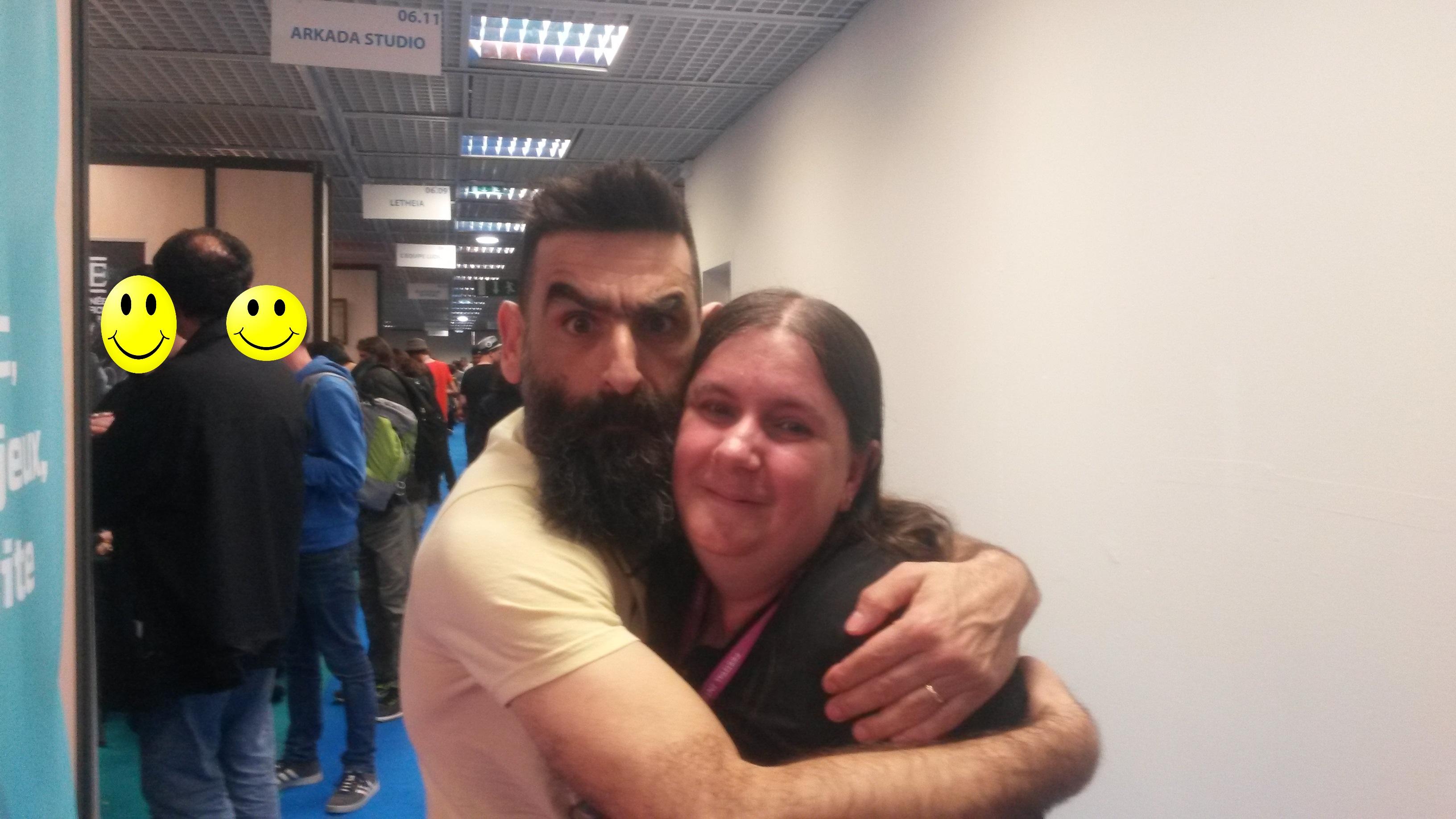 Merci pour le free hug et la photo Mr Phal ;)