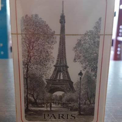 54 cartes tour Eiffel noir et blanc