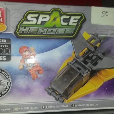 Block Tech Spaceship  33 pieces
