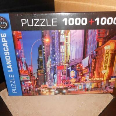 Puzzle 1000+1000 pièces Hot Town Travel et Neon City